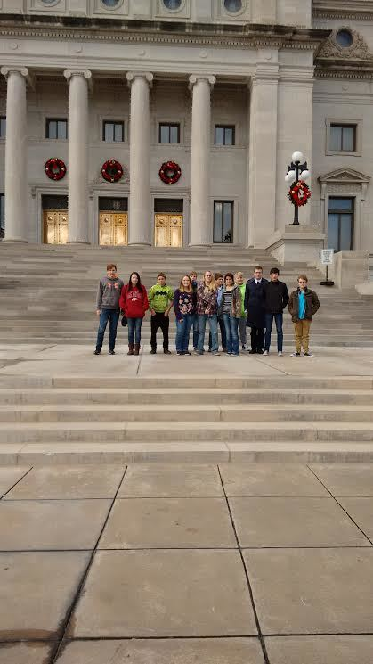 High School Students Visit the Capitol